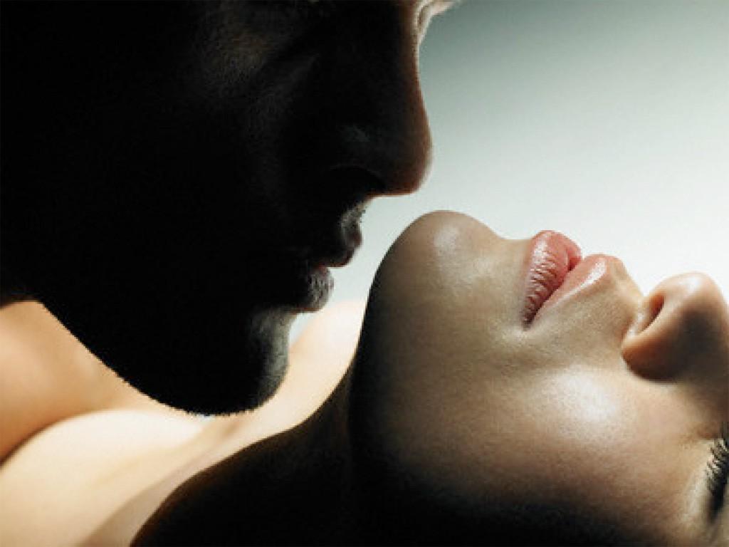 Besos en sexo tántrico