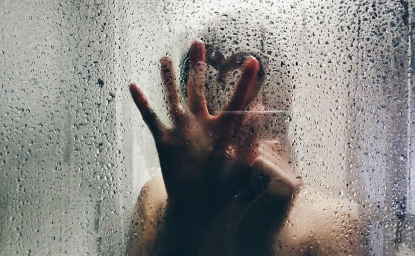 Así practico sexo en la ducha con mis clientes y lo pasamos de vicio (y muy mojados)