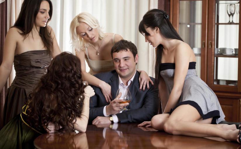 Así se vive el poliamor con prostitutas en Bilbao